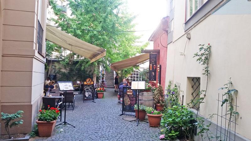 pub courtyard in prague