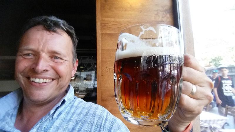 jason drinking beer in prague